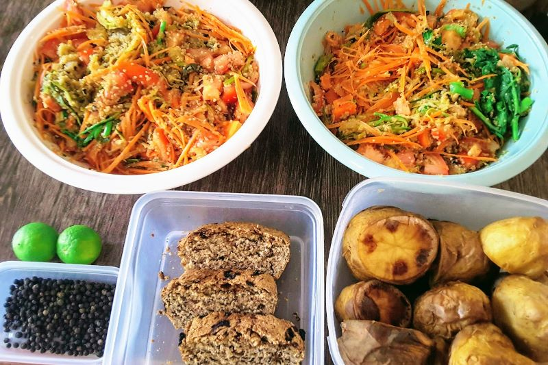 vegan lunch for two with quinoa salad